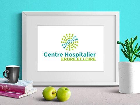 Centre-Hospitalier-dAncenis-logo--nouvelle-idendite-graphique-plansb